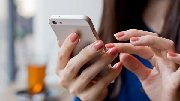 Nạp tiền cho thuê bao khác thông qua SMS